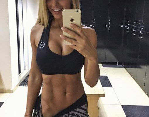 strong_sporty_girls_41