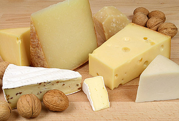 swiss-cheese-plate_588